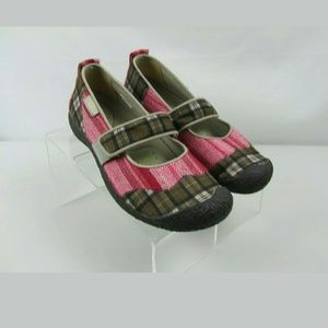 Keen Harvest Mary Jane Flats Pink Plaid Size 9